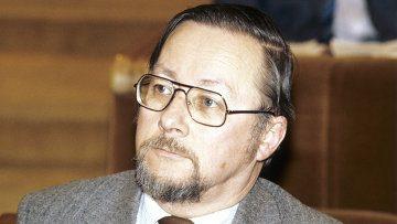 Агент КГБ В.Ландсбергис верит в перестройку