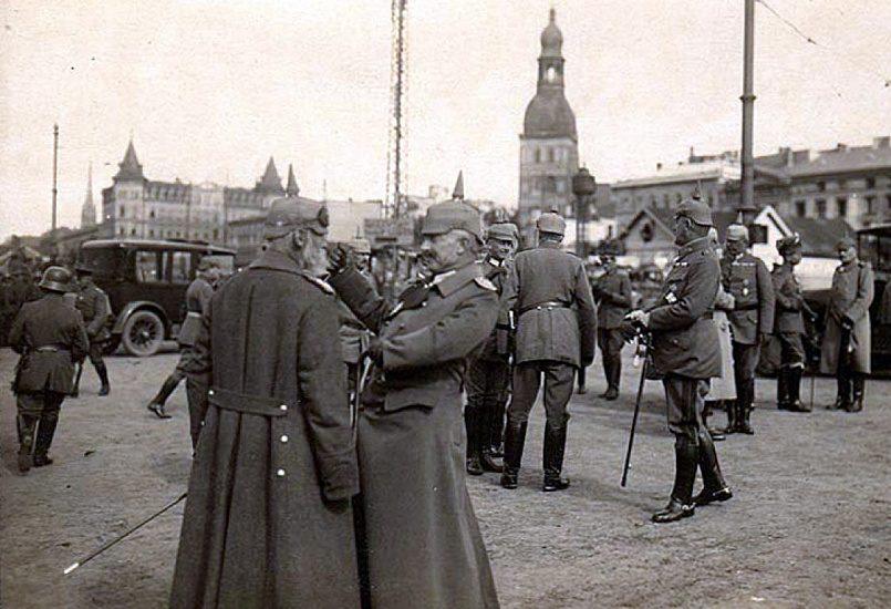Немецкие войска в Риге в 1917 году / Фото: haikudeck.com