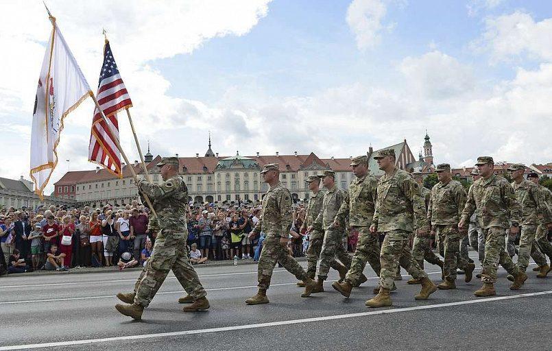 В январе 2017 года американские военнослужащие и военная техника прибыли в Польшу на ротационной основе / Фото: AP /Alik Keplicz / ТАСС