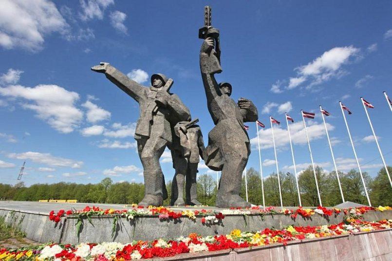 Памятник освободителям Риги / Фото: bb.lv