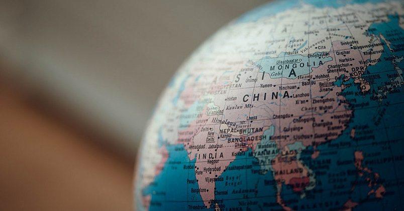 В 2017 году Китай увеличил свой импорт СПГ на 16 млрд кубометров. Фото: unsplash.com