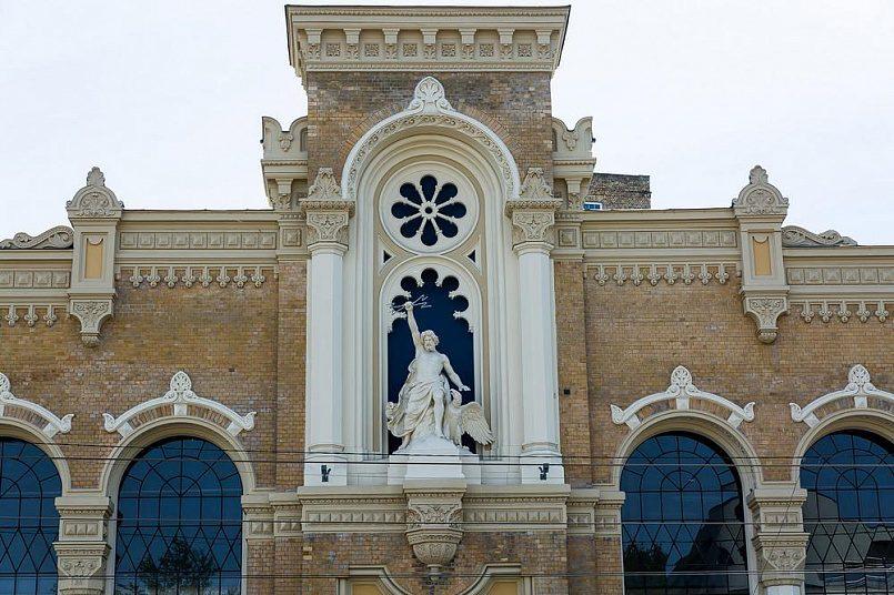 Фасад бывшего электротехнического завода «VEF» / Фото: stack-systems.com.ua