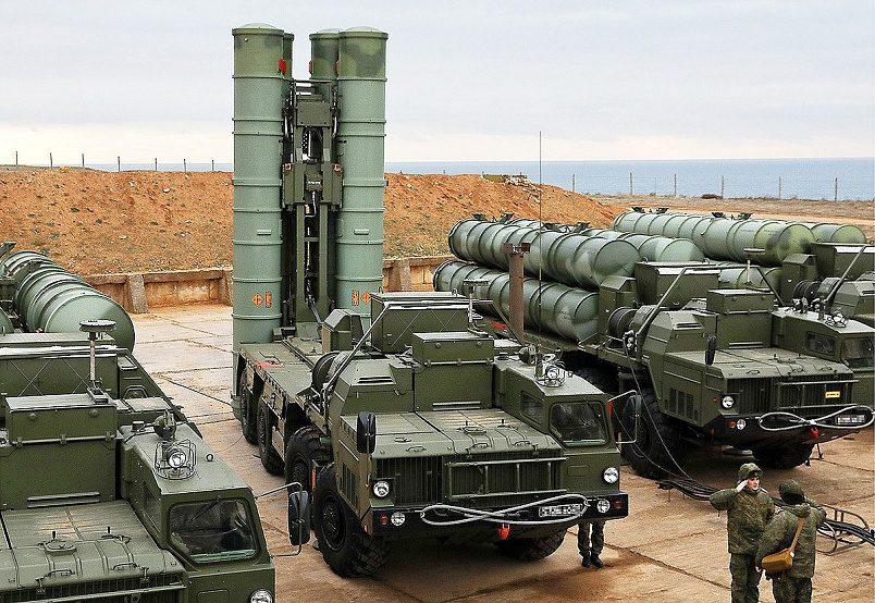 Одна из лучших зенитно-ракетных систем в мире — С-400 «Триумф»
