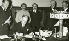 London and Paris Made USSR Take The Deal With Hitler: New Archival Facts